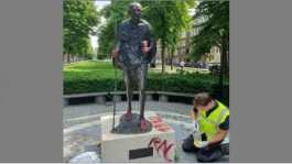 Gandhi statue in Amsterdam vandalised
